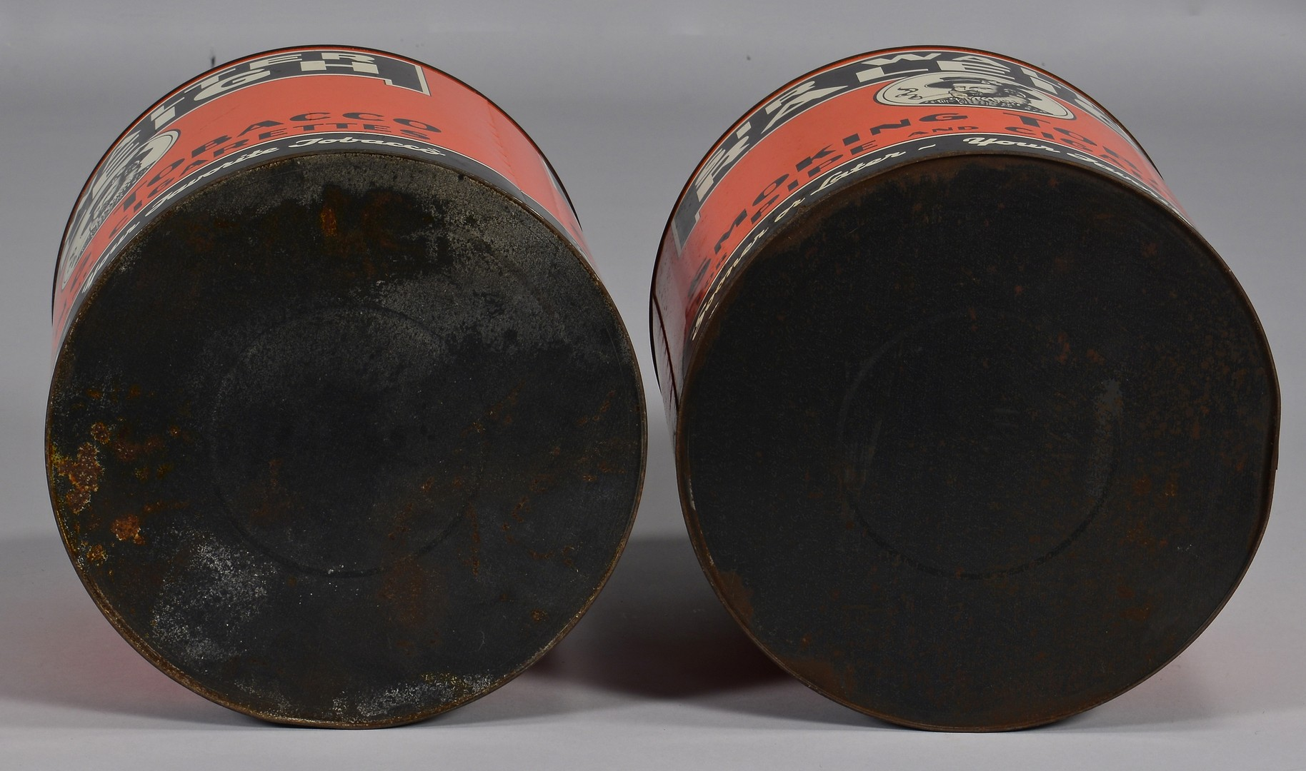 Lot 860: Group of Sir Walter Raleigh Tobacco Tins, 5 pc