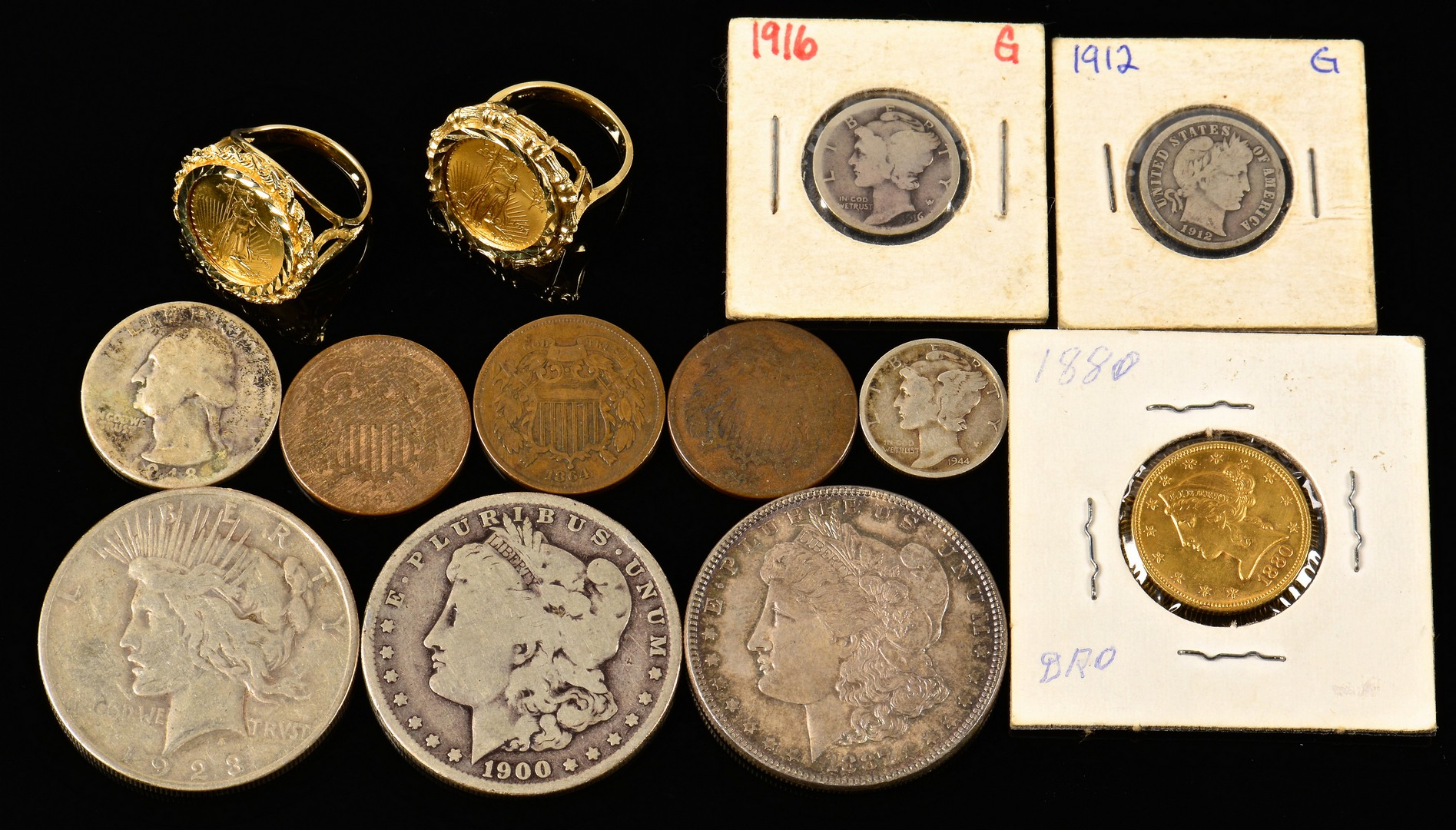 Lot 897: Group of 13 coins includ. gold