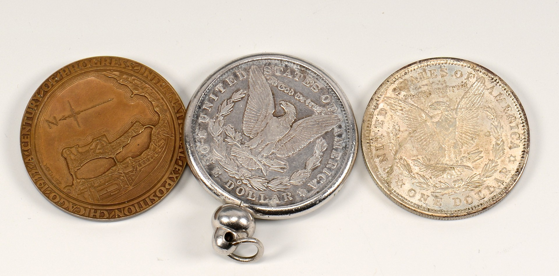 Lot 900: Group of 13 Commemorative Coins