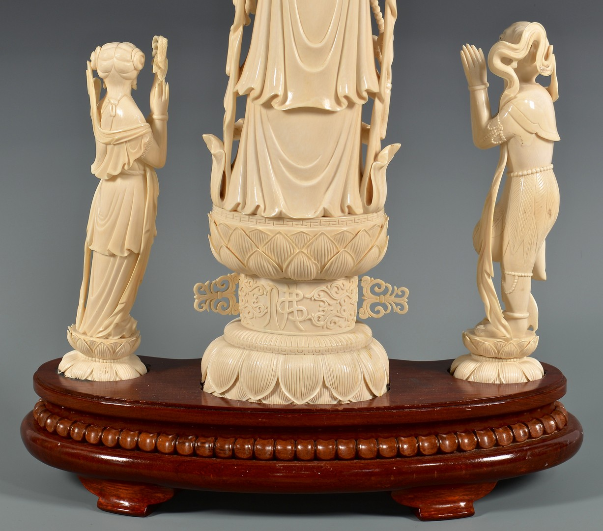 Lot 4010076: Asian Ivory Figural, Thousand Arm Guanyin, 3rd Quarter 20th Century