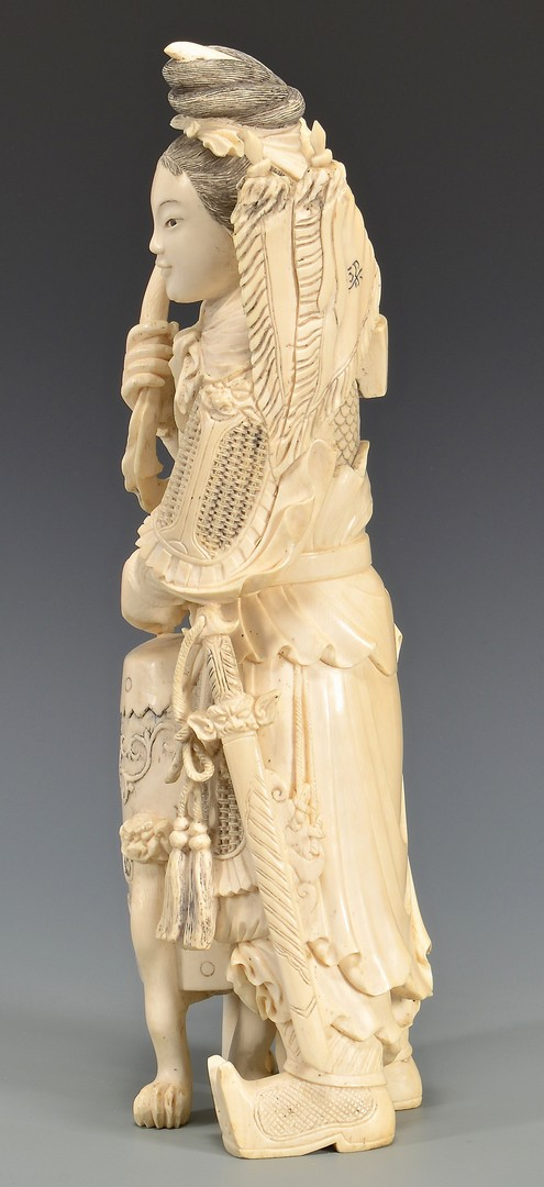 Lot 4010080: Large Chinese Carved Ivory Female Warrior, 3rd quarter of 20th century
