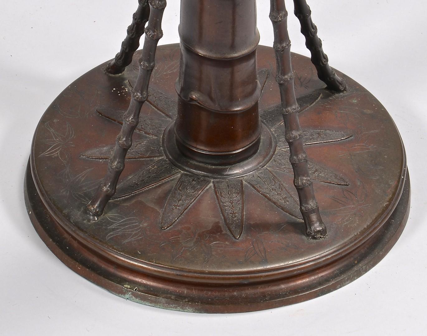 Lot 4010087: Japanese Bronze Floor Oil Lamp w/ Shade