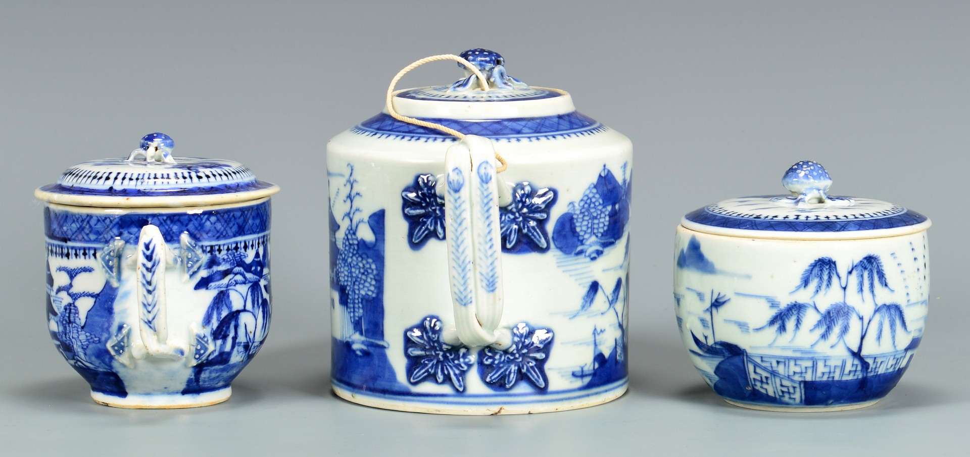 Lot 4010124: 3 Piece Chinese Blue and White Porcelain Tea Set