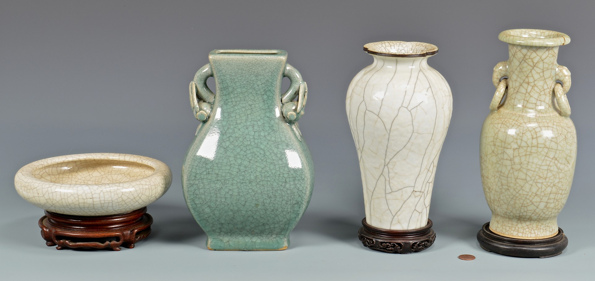 Lot 4010129: 5 Chinese Pottery Items, 4 w/ Song Style Crackle Glaze