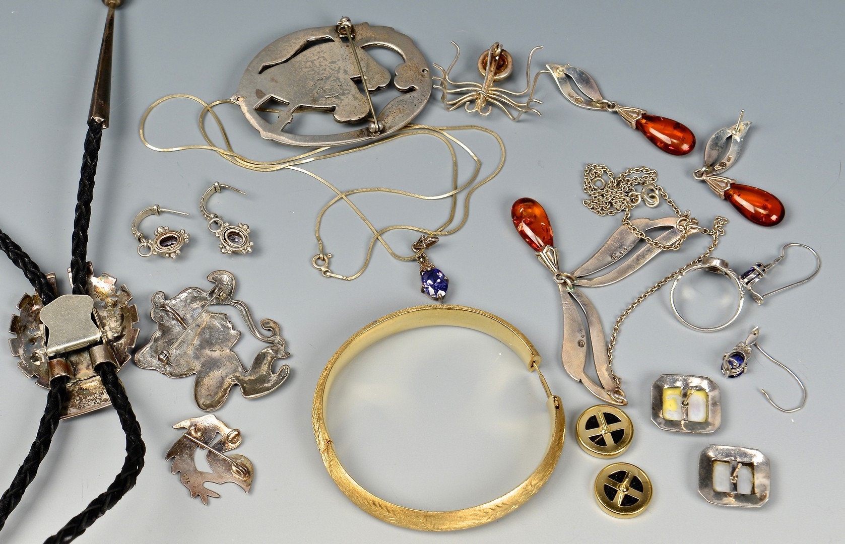 Lot 4010141: Group of 14K and sterling jewelry plus other