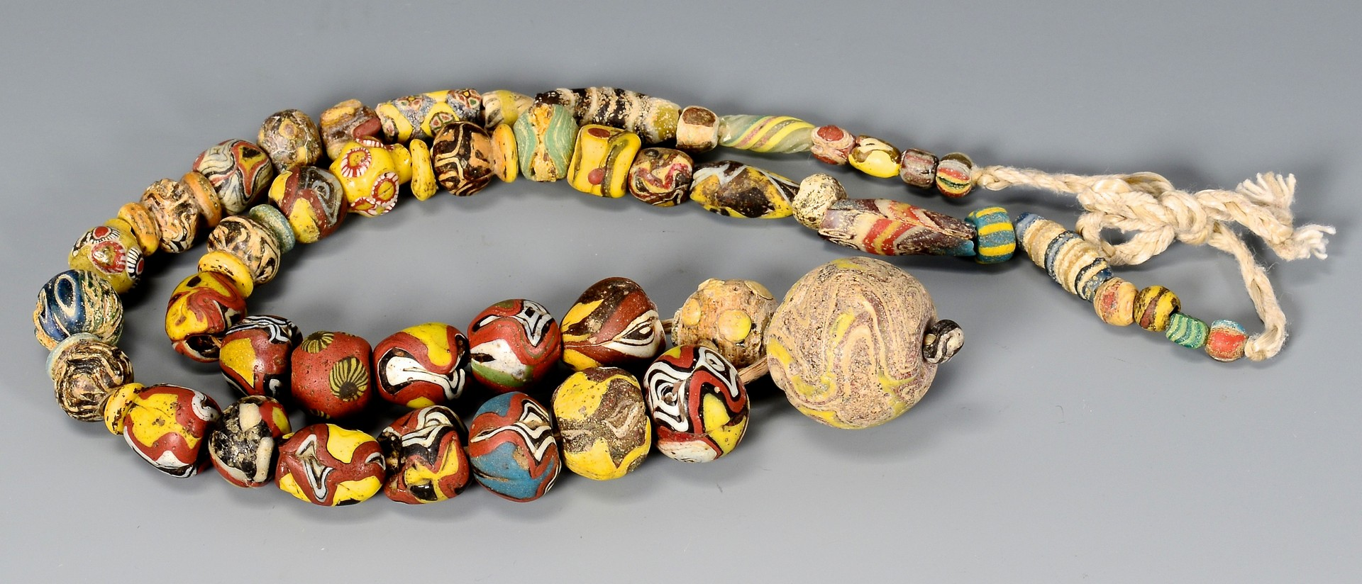 Lot 4010146: Near Eastern Mosaic Glass Bead Necklace