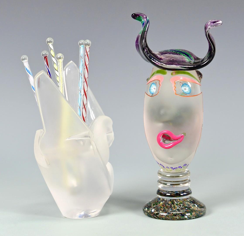 Lot 4010154: Carlson Artglass Head & Lalique Doves