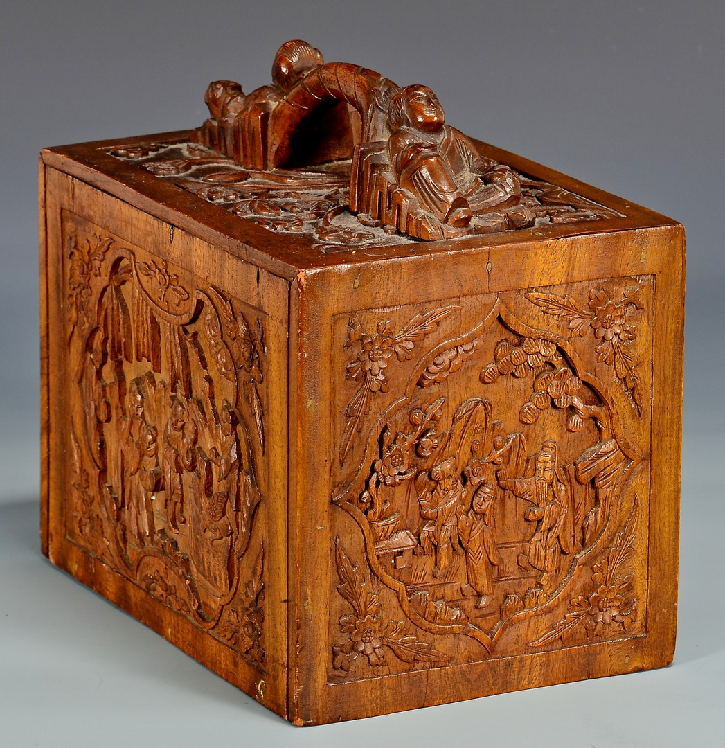 Lot 4010178: Chinese Gaming Box & Framed Lacquer Screen