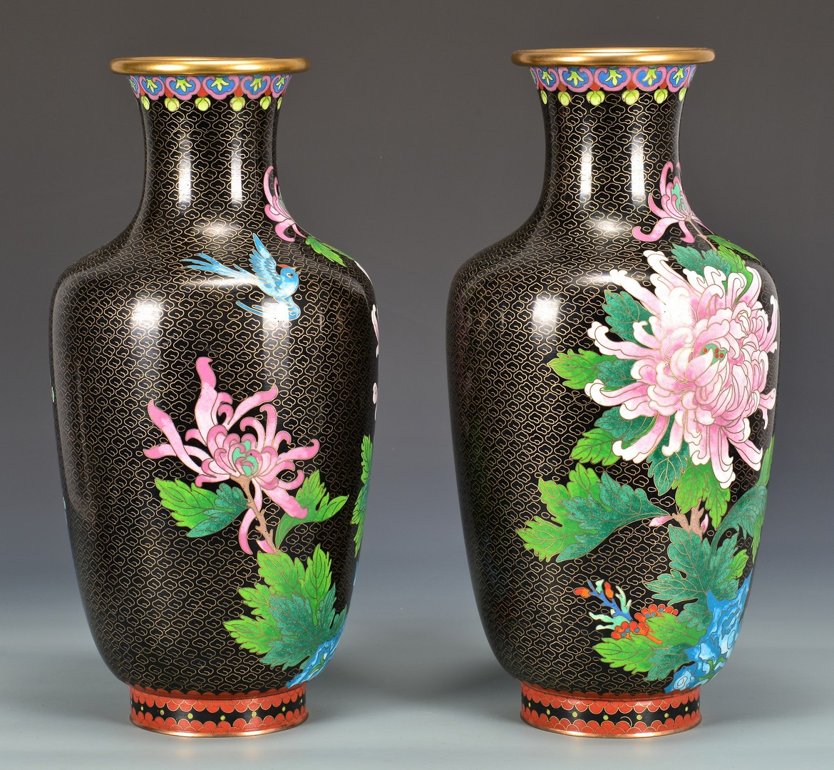 Lot 4010180: Group of Cloisonne, Pr. Vases & Planter, 3 items