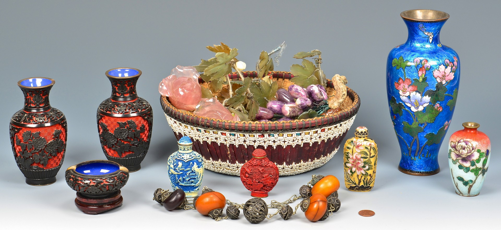 Lot 4010191: Group of Asian Decorative Items