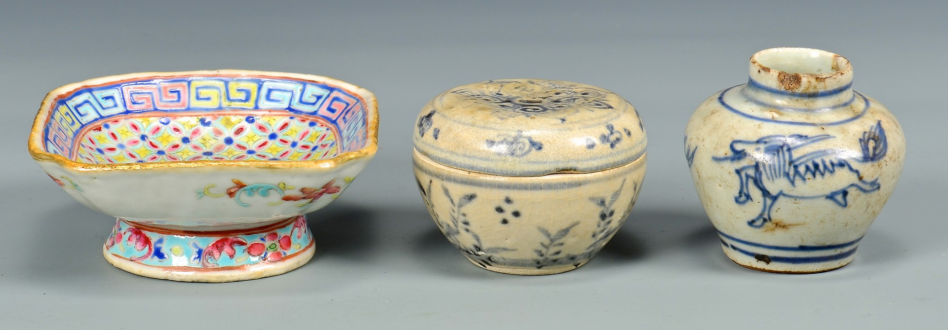 Lot 4010196: 6 Pcs. Chinese Porcelain