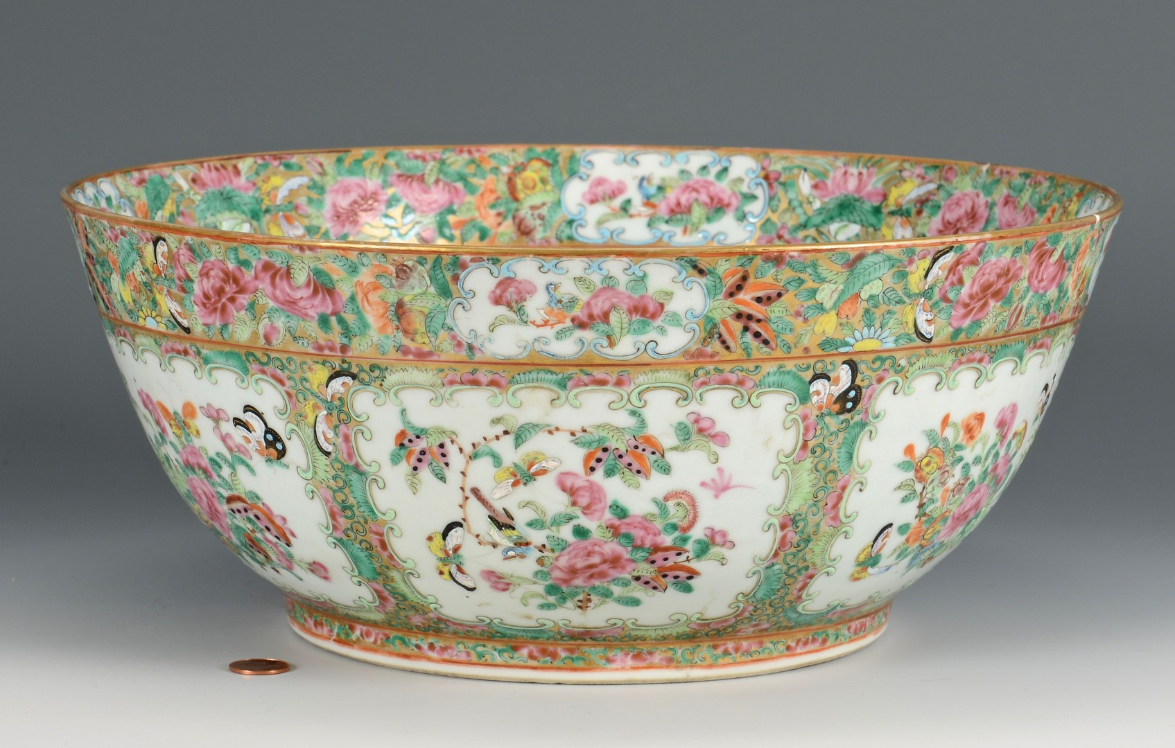 Lot 4010216: 19th c. Rose Medallion Punch Bowl
