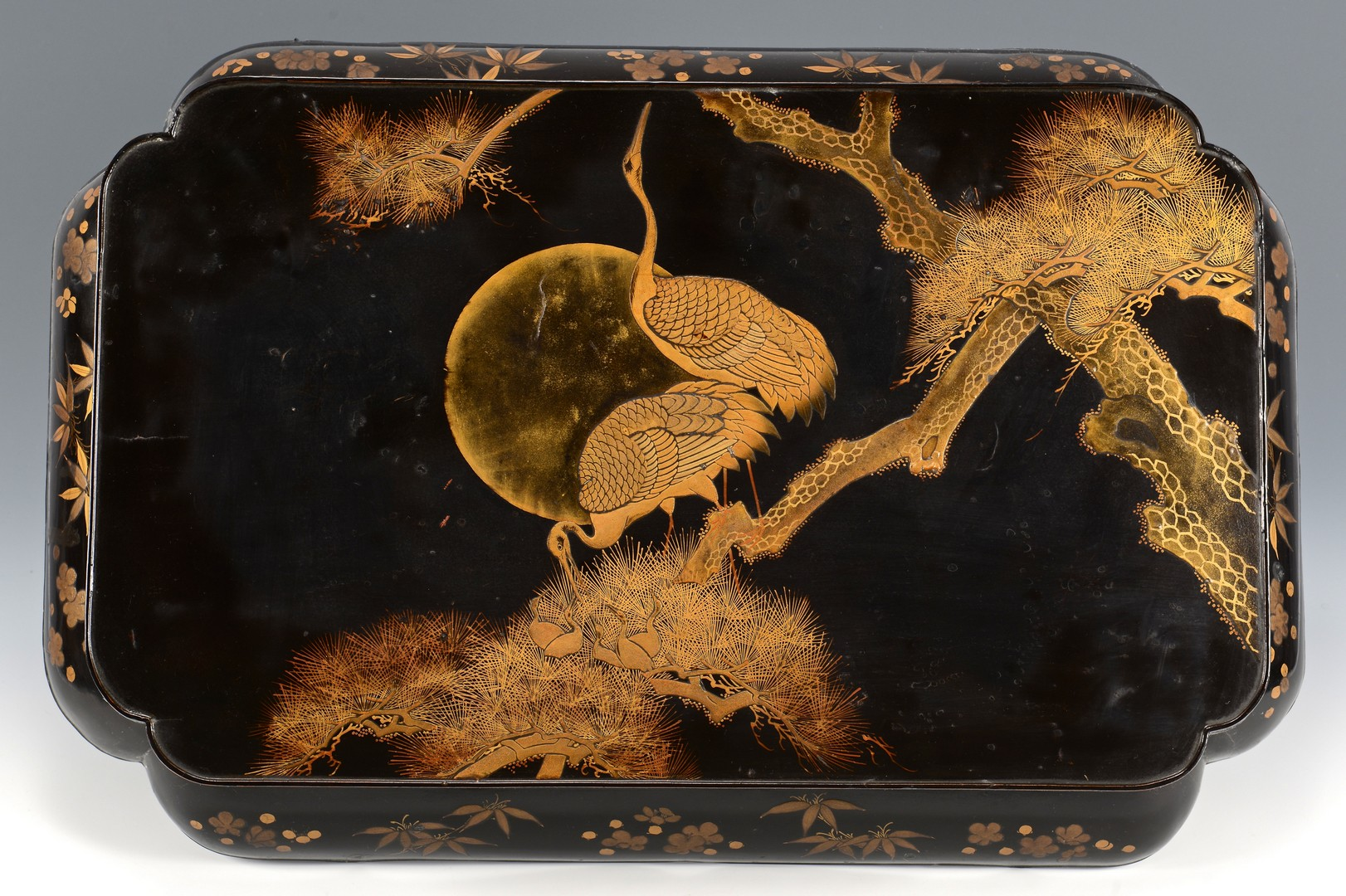 Lot 4010218: 3 Japanese Lacquered Items & 4 Nature Themed Scroll Paintings