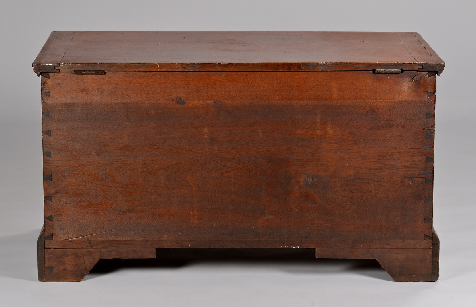 Lot 119: Urn Decorated Blanket Chest, Valentine Yoder