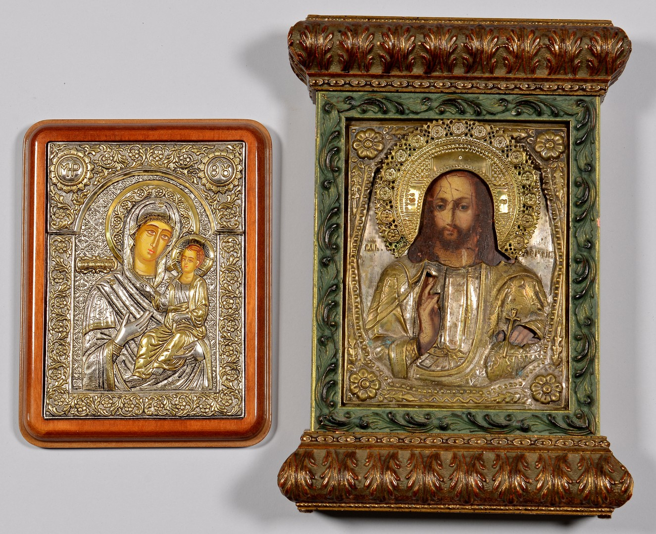 Lot 226: Grouping of 4 Russian and Greek Icons