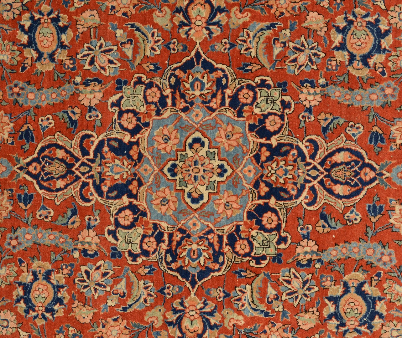 Lot 250: Persian Kashan area rug, early 20th c.