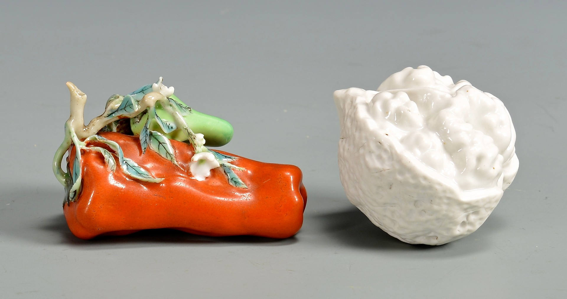 Lot 27: Three Chinese Ceramic Items, incl. miniatures