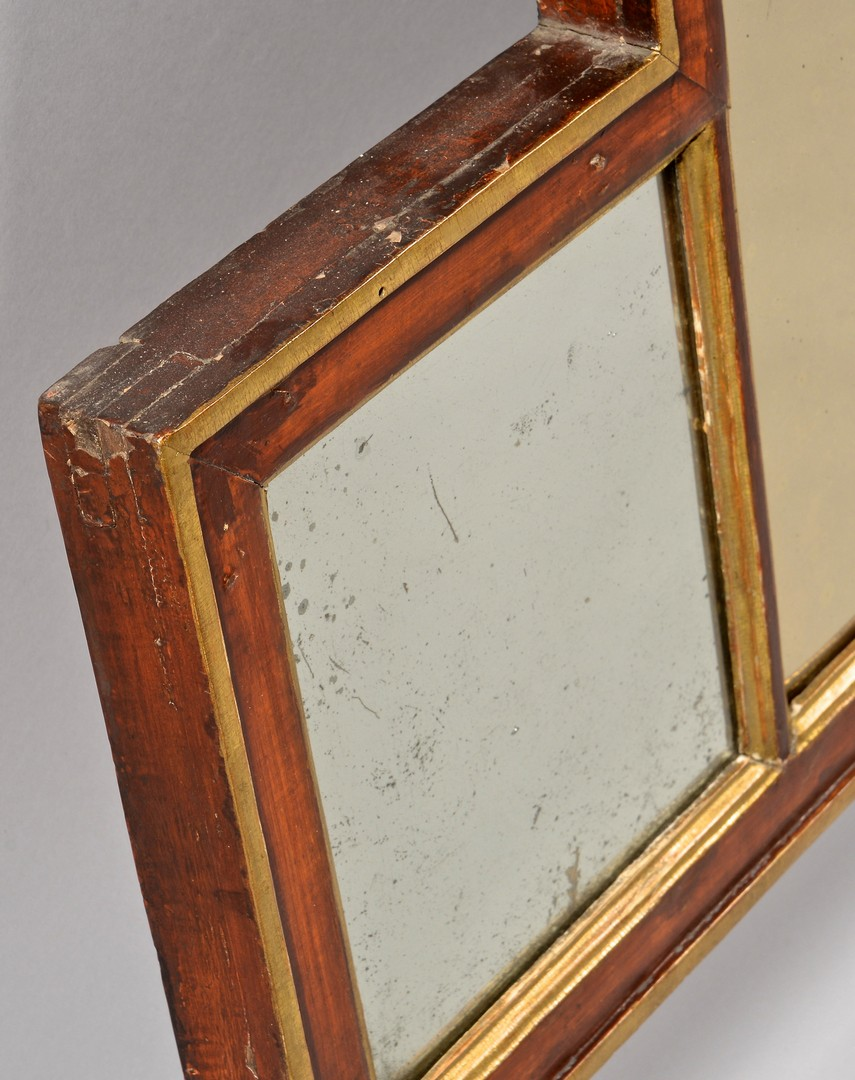 Lot 319: 2 Decorative Gilt Mirrors, incl. Bullseye