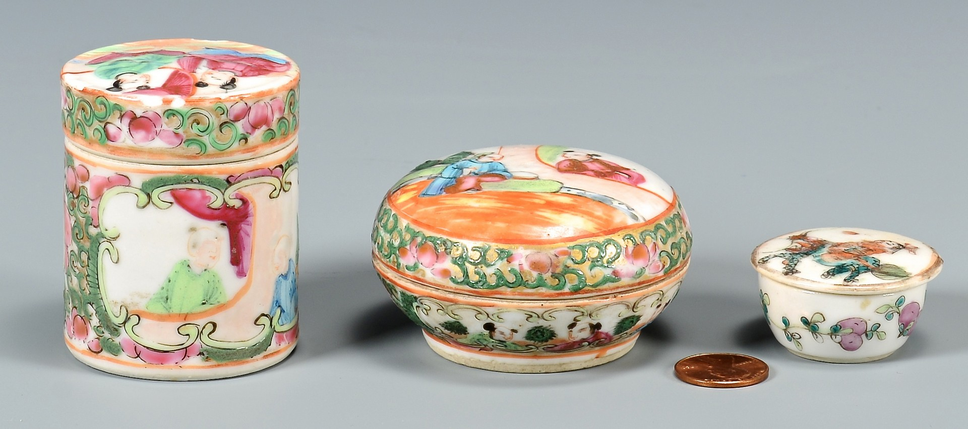 Lot 31: Assorted Rose Medallion Porcelain