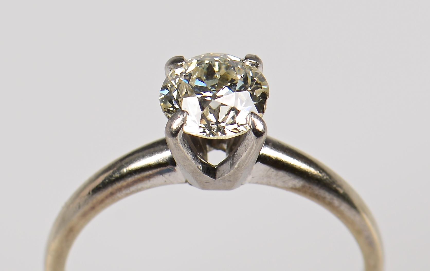 Lot 368: 2 14K OMC Diamond Solitaire Rings