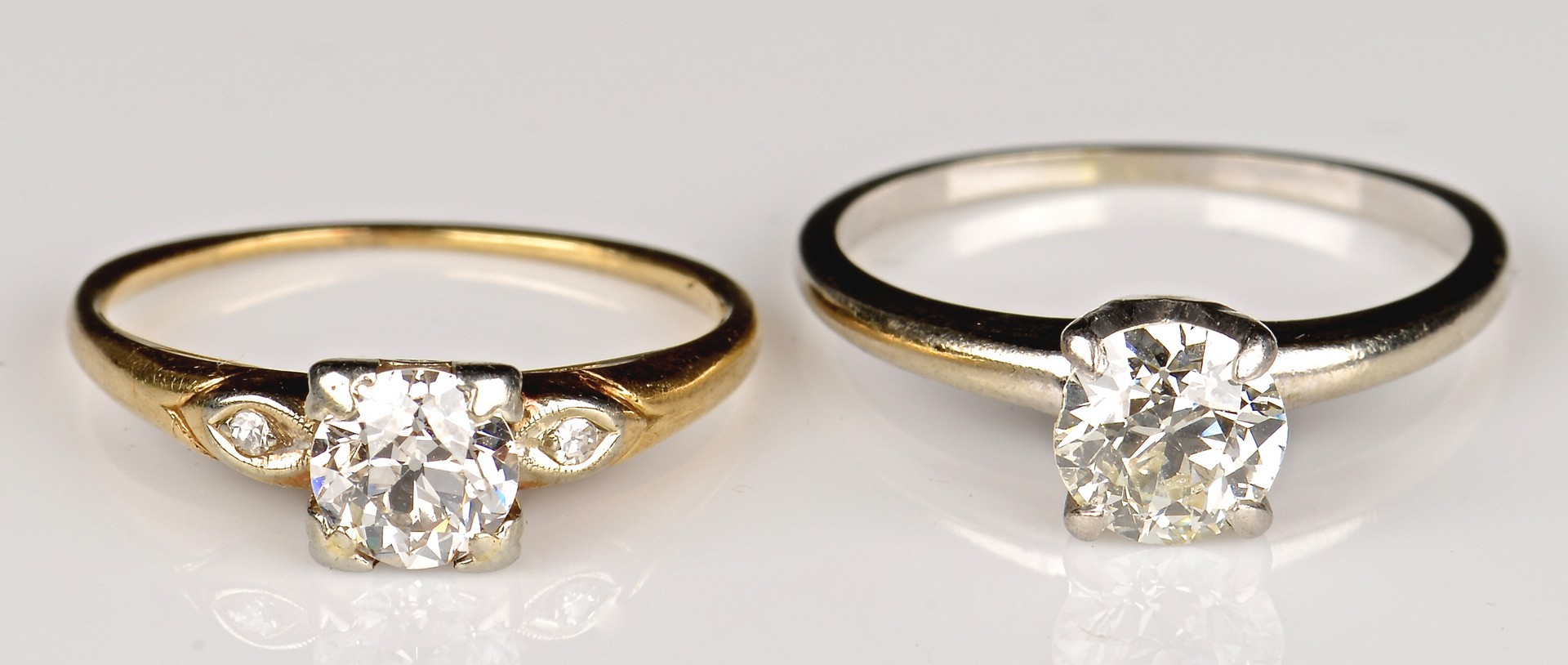 Lot 368: 2 14K OMC Diamond Solitaire Rings