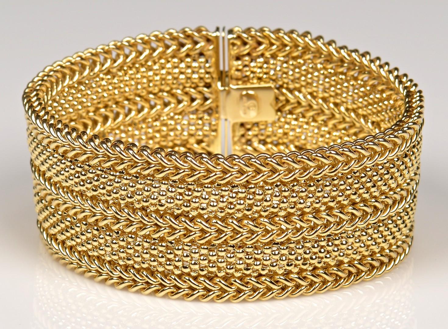 Lot 370: 14K Italian Link Bracelet