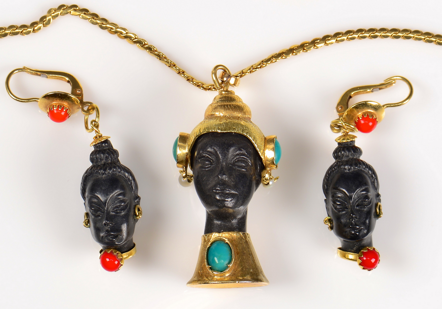 Lot 381 Set 18k Blackamoor Jewelry