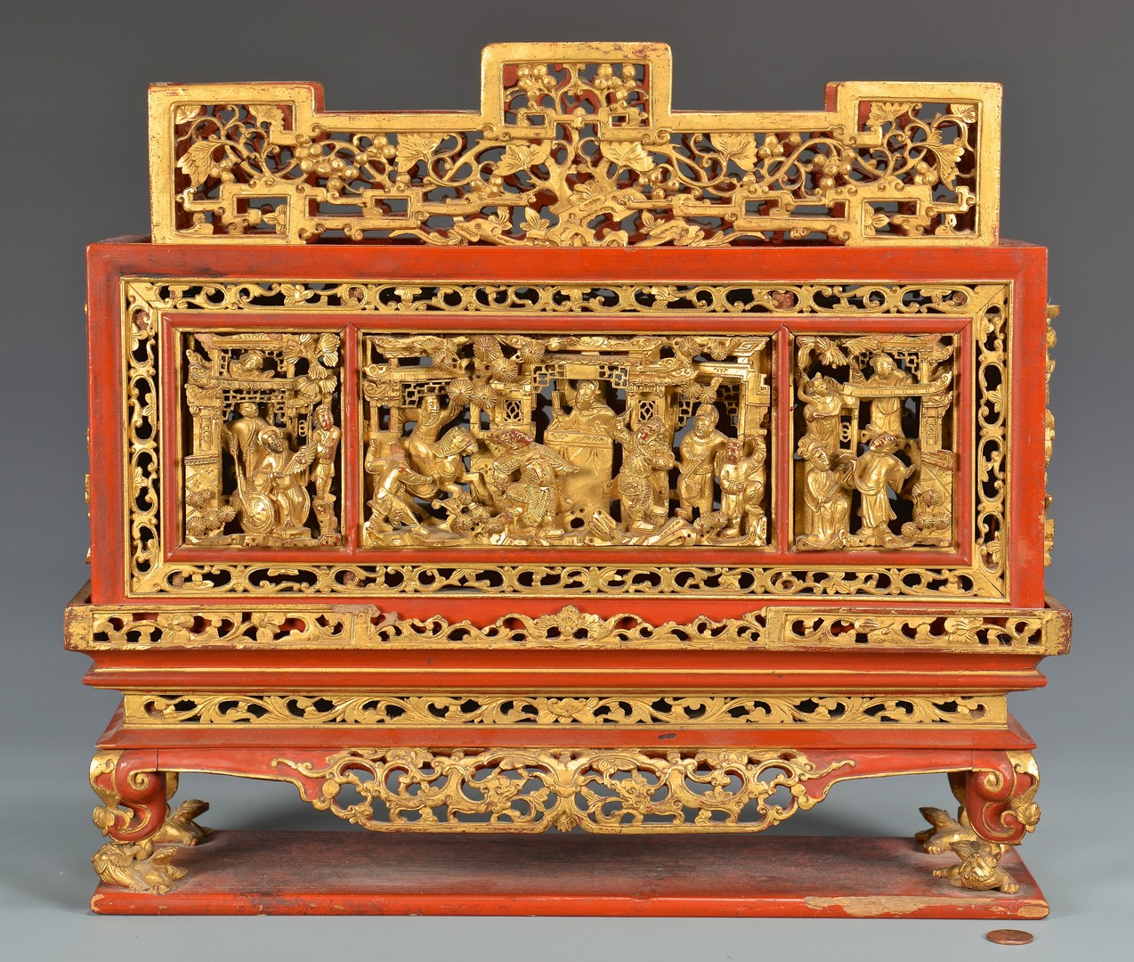 Lot 397: Chinese Gilt Carved Altar or Shrine