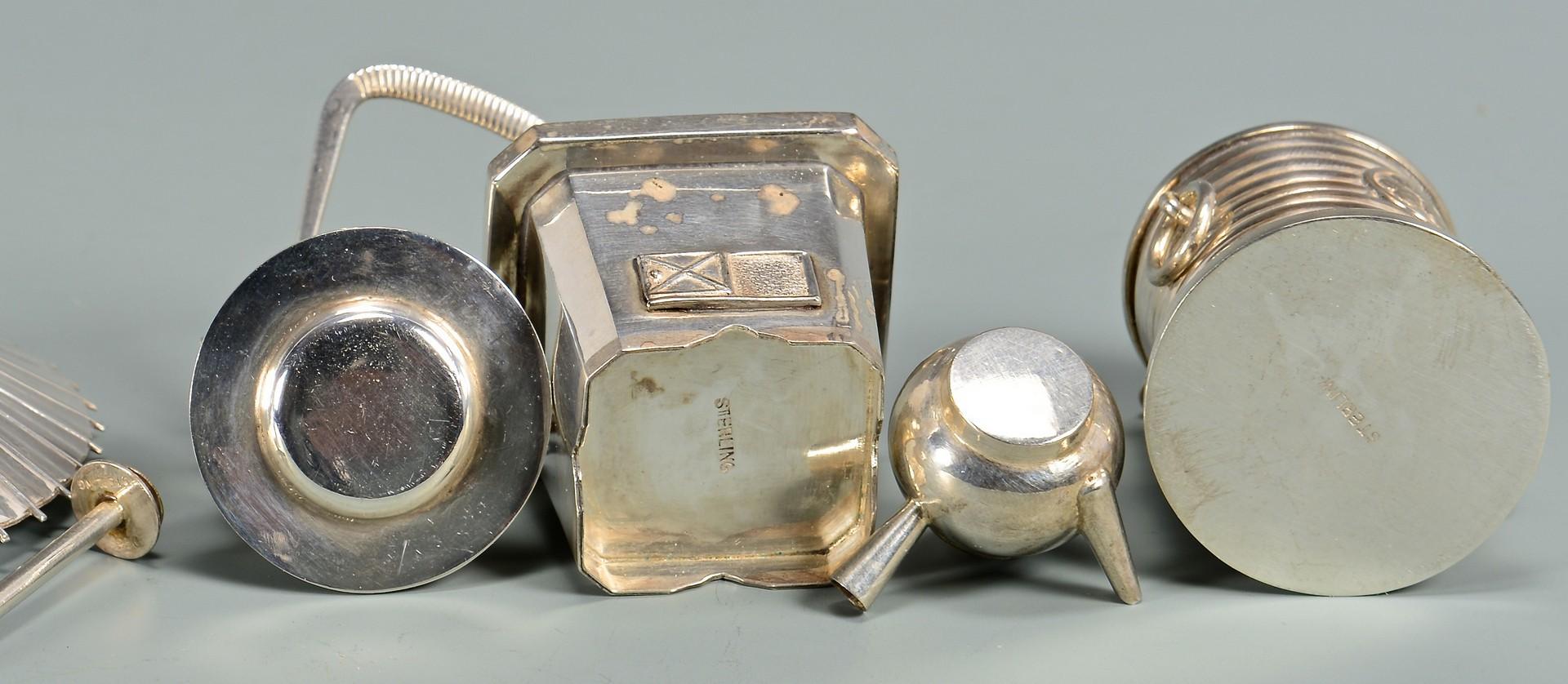 Lot 42: Japanese silver novelty salts, 24 pcs.
