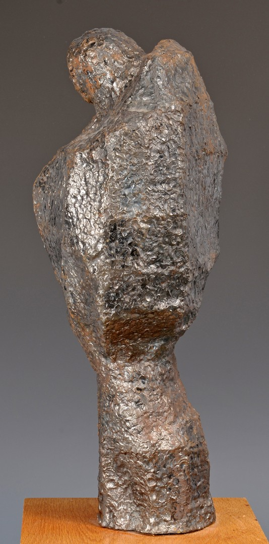 Lot 452: Abstract metal sculpture