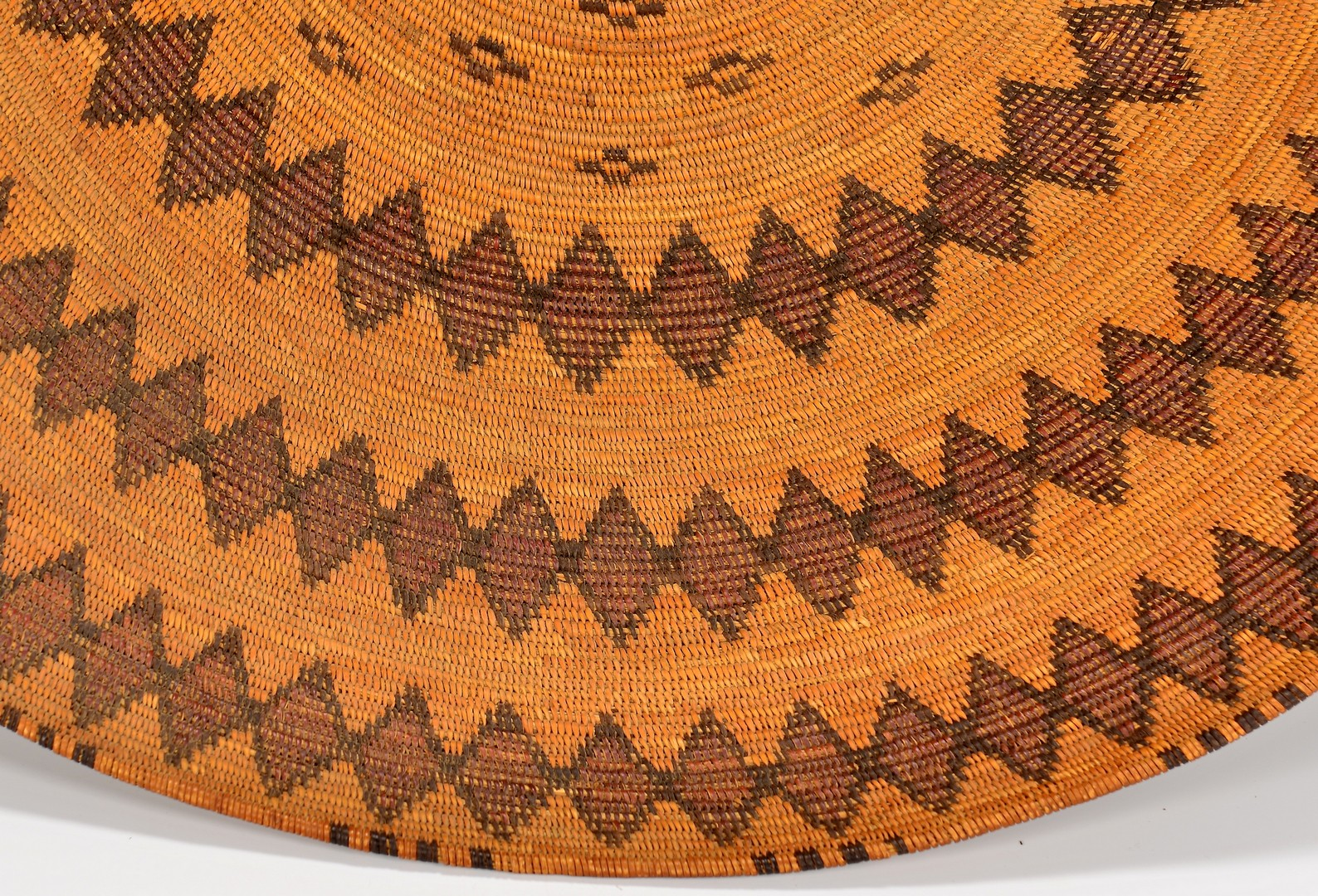 Lot 519: Native American Yokuts Rattlesnake Serving Tray
