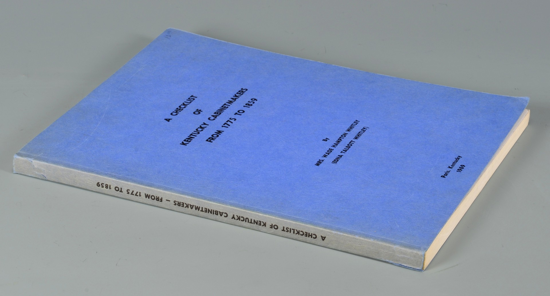 Lot 561: 9 KY Related Antiques Books and Exhibition Catalog