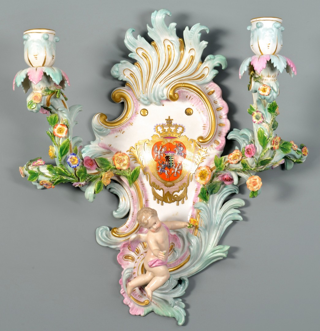 Lot 583: Meissen Armorial Sconce