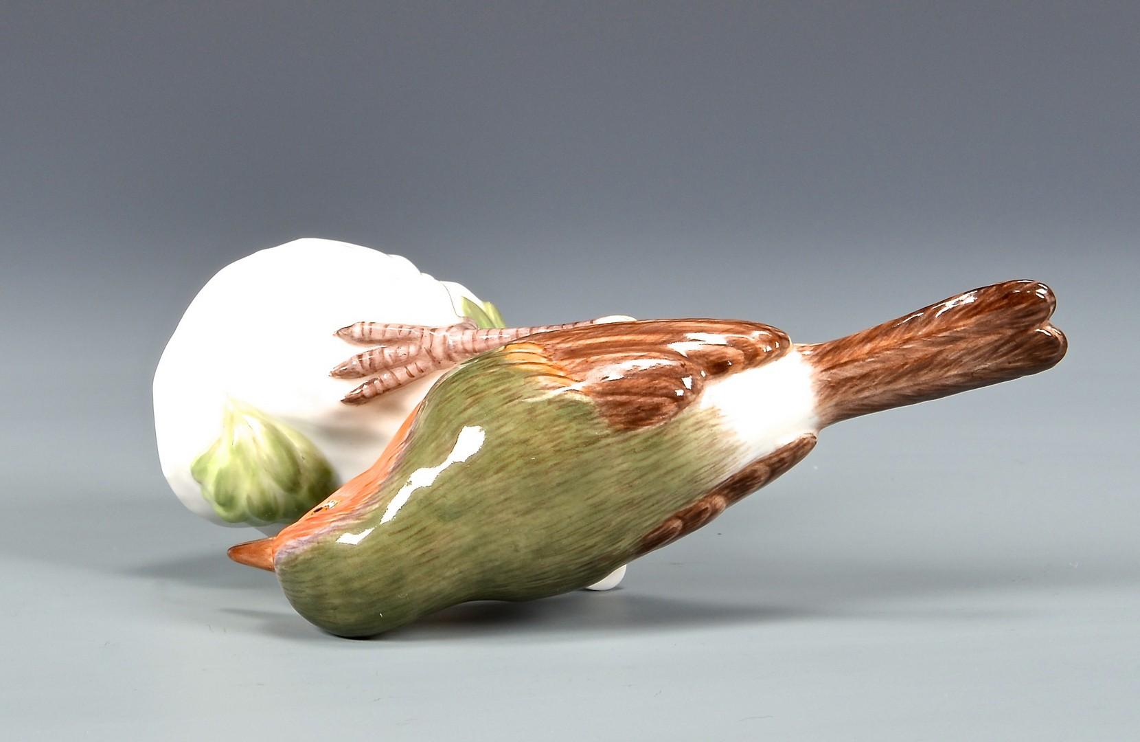 Lot 586: Meissen Porcelain Sparrow Figurine