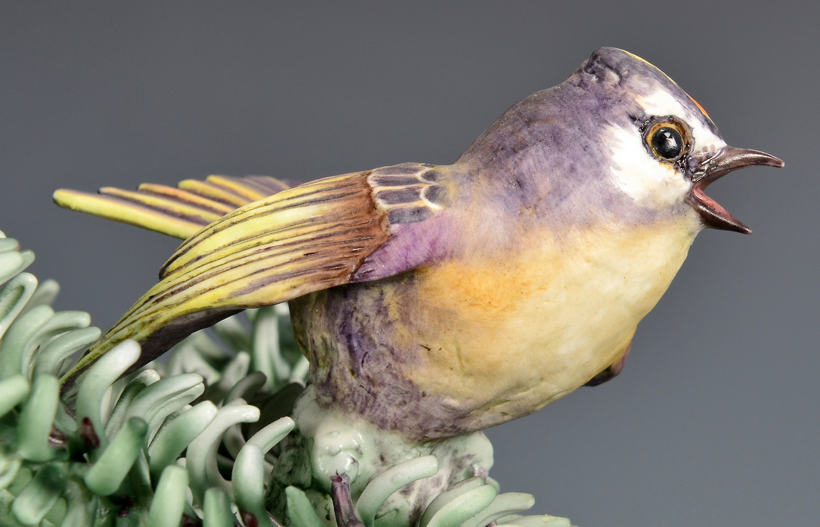 Lot 596: Pair Dorothy Doughty Birds, Kinglet Golden Crowns
