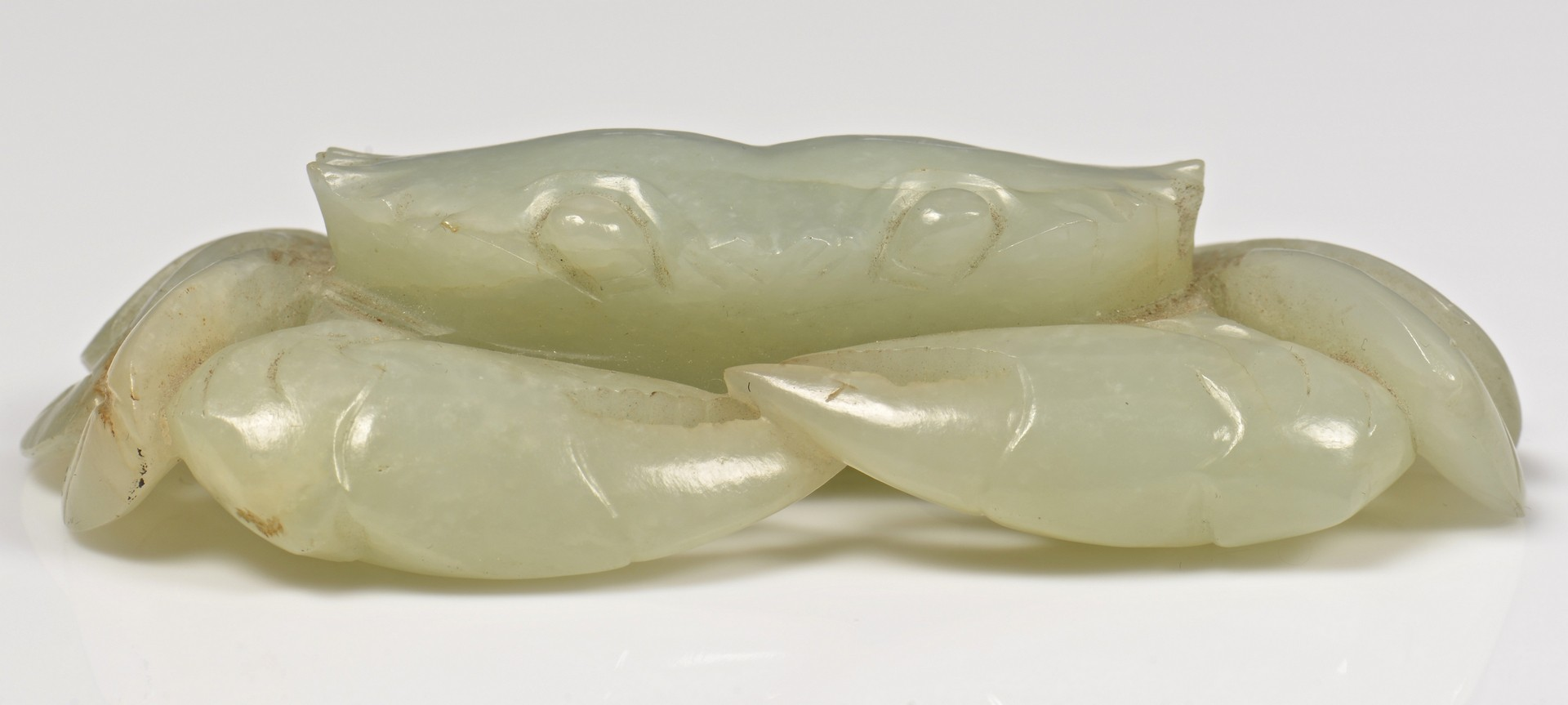 Lot 5: Carved Jade Crab