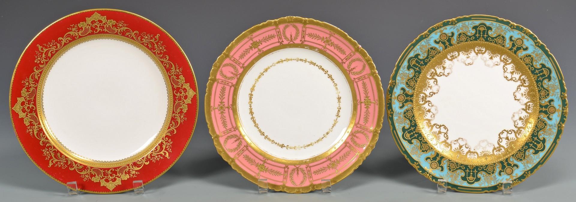 Lot 602: 12 Gilded Porcelain Cabinet Plates