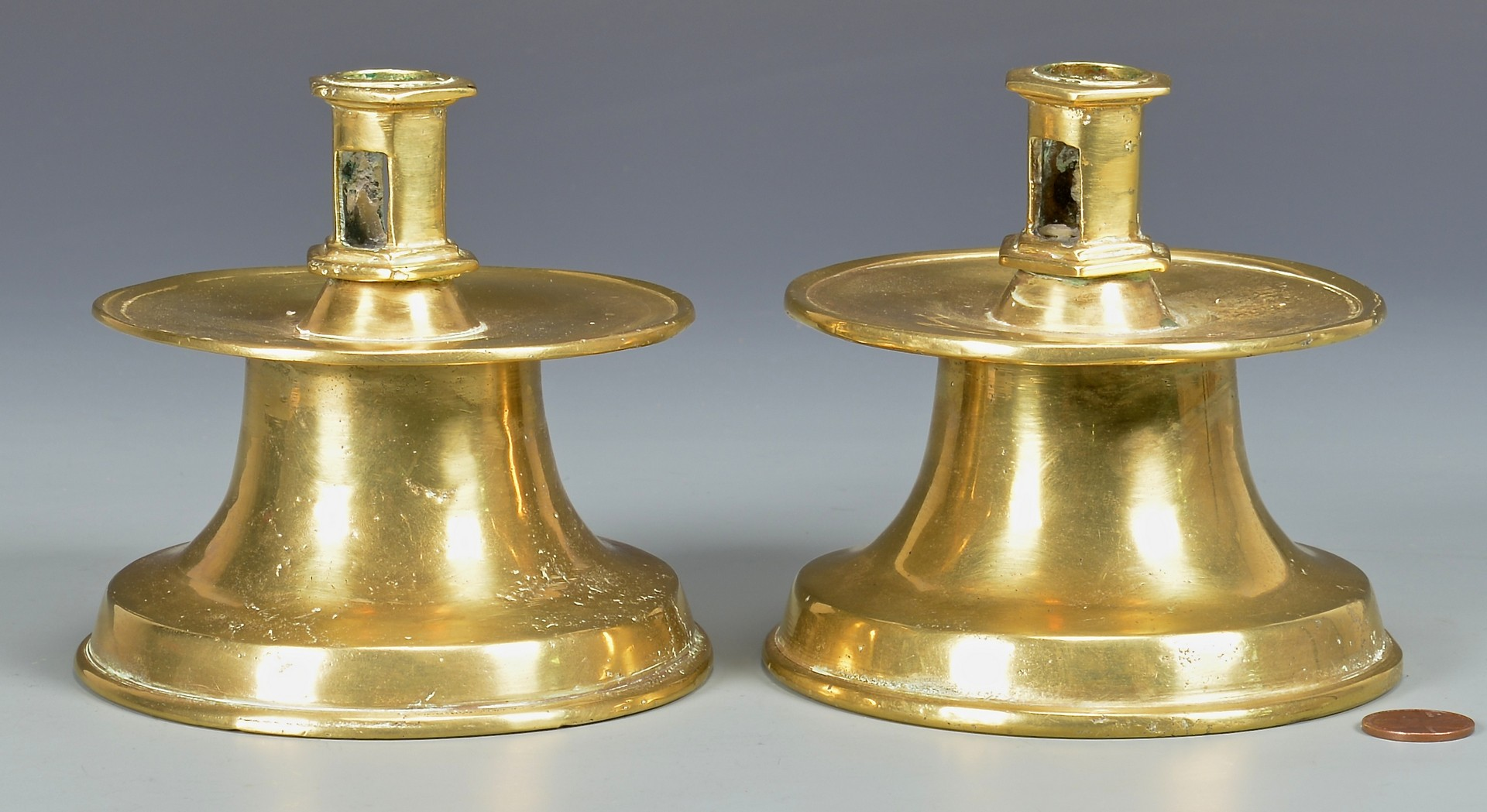 Lot 609: Pr Brass Capstan Candlesticks