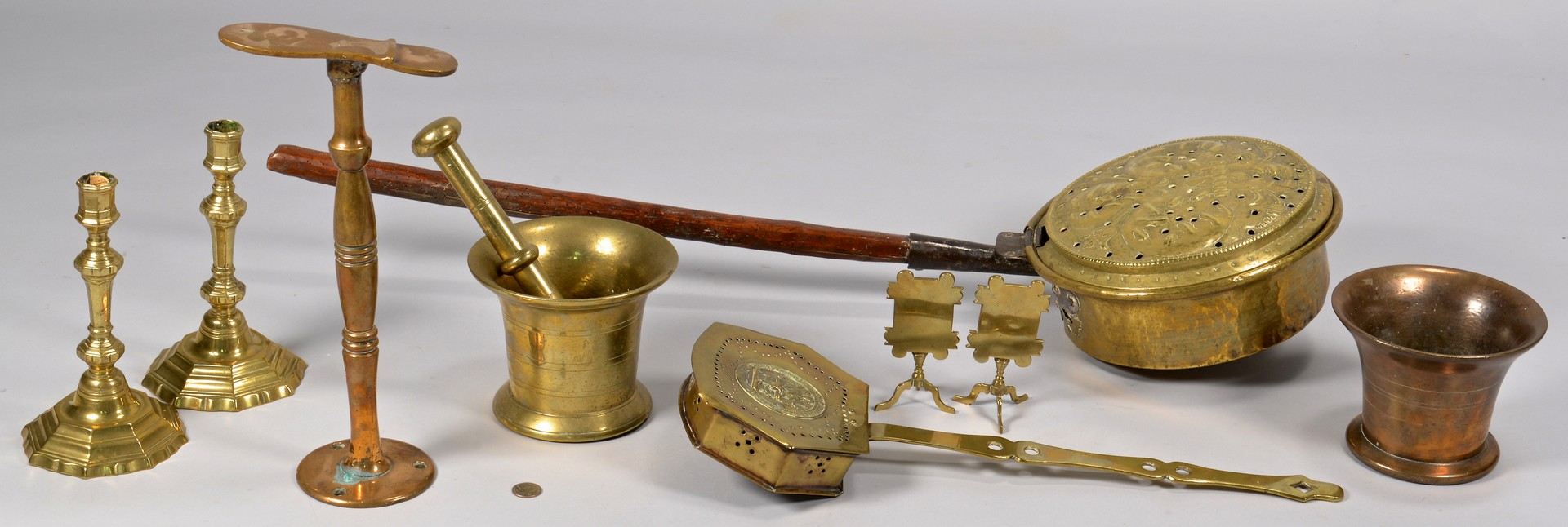 Lot 638: Group Brass & Bronze Household items