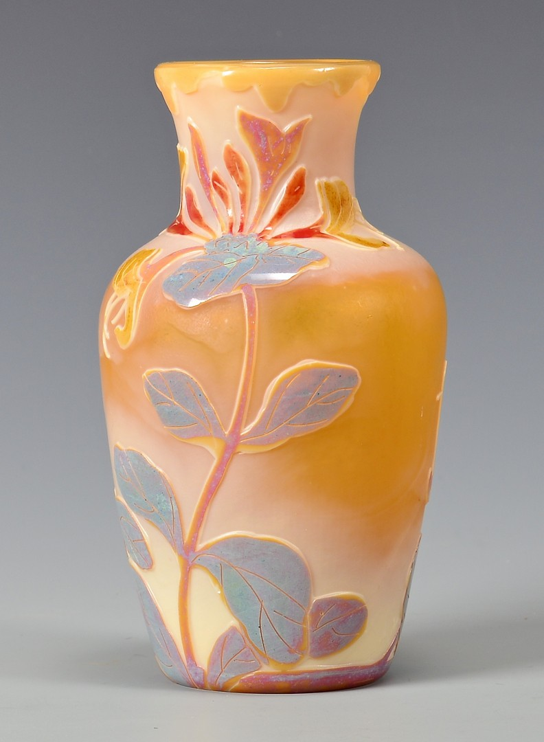 Lot 728: Legras Cameo Art Glass Vase