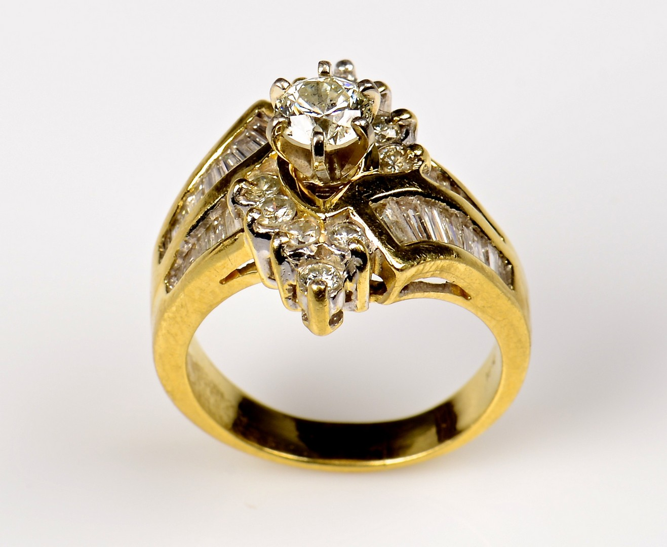 Lot 72: 18K Fashion Ring w/ .75 ct Diamond Solitaire
