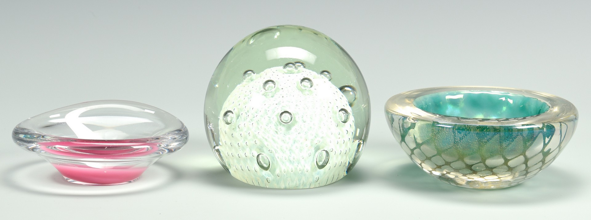 Lot 736: Group of Art Glass Items, incl. Paperweights, 7 pc