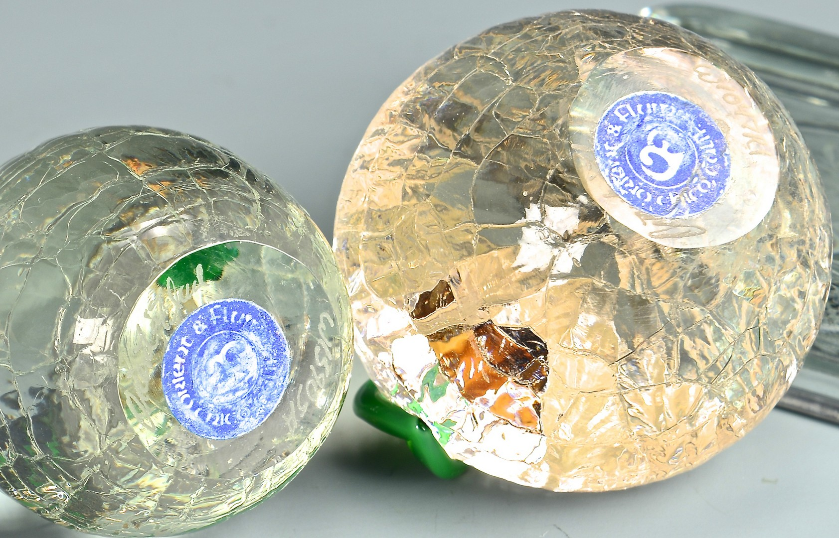Lot 737: Collection of 7 paperweights