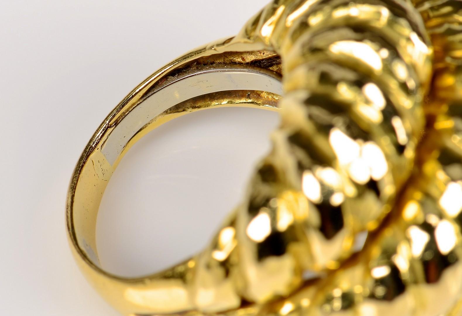 Lot 73: 18K David Webb ring, 31.7 grams