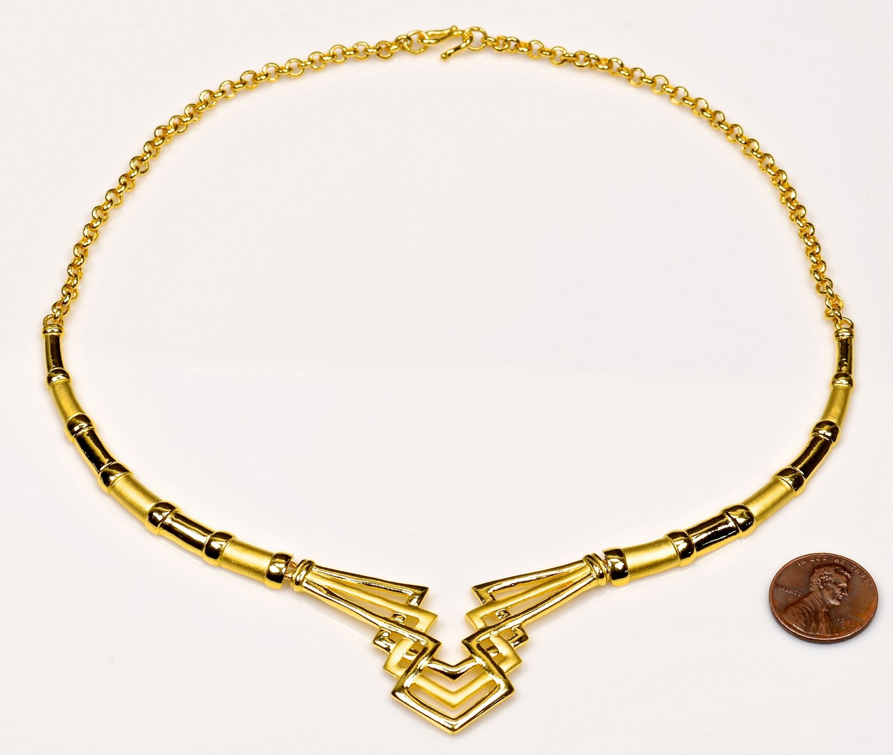 Lot 74: Chinese Modern 24K Gold Necklace