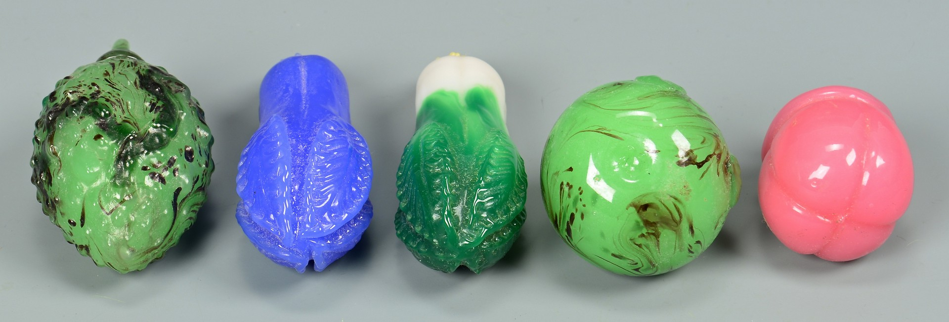 Lot 751: Peking Glass Fruit Snuff Bottles and ornaments