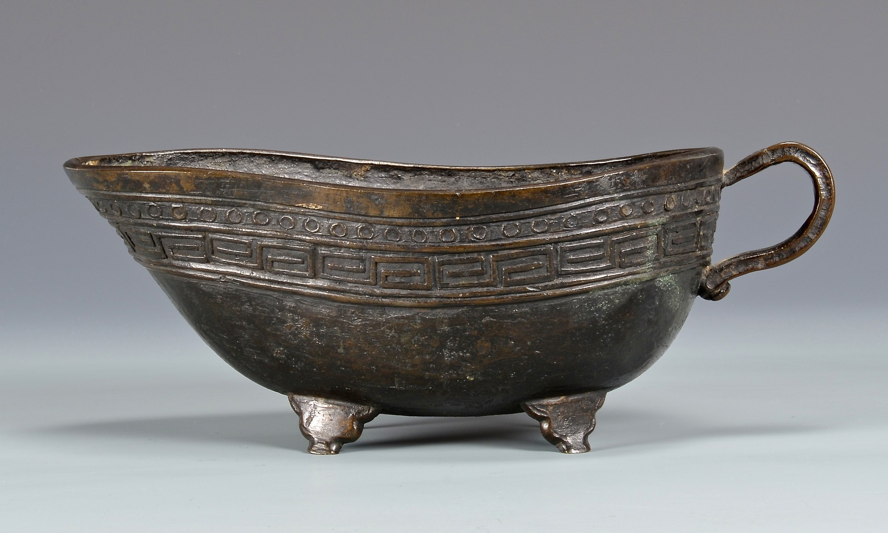Lot 760: Chinese Bronze Wine Vessel