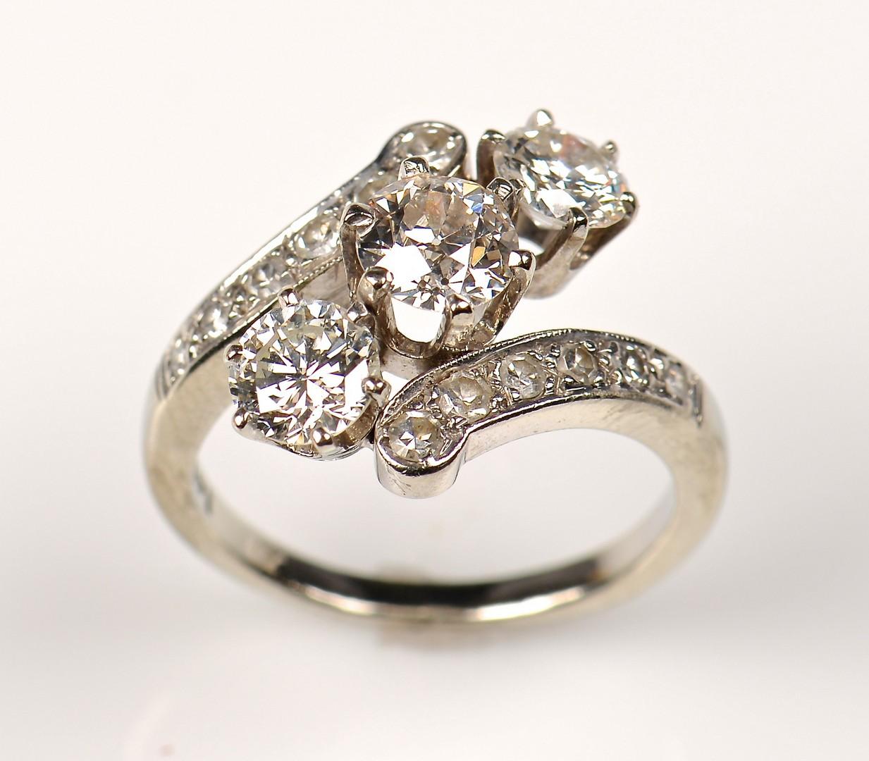 Lot 77: 14K Diamond Estate Ring, c. 1940