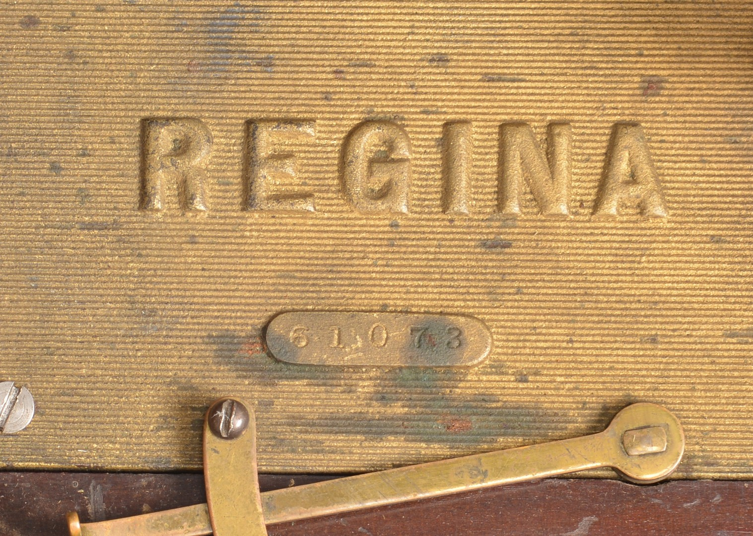 "Lot 785: Regina Music Box w/ 8"" discs"