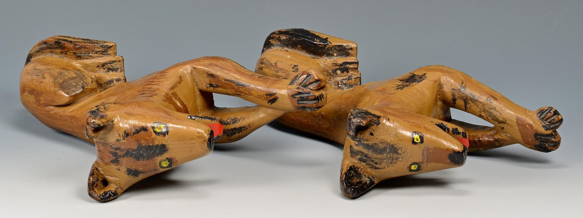 Lot 816: 4 Carved Folk Art Animals, Skunks & dogs